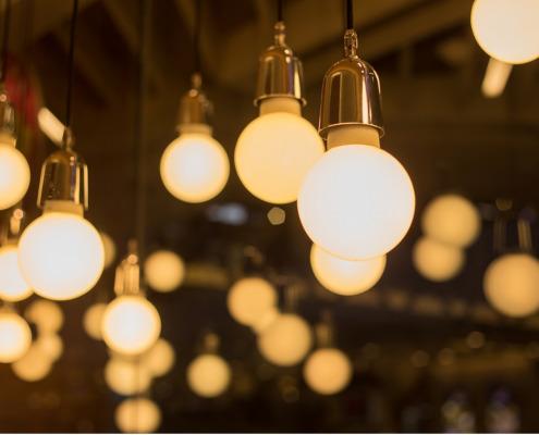 ¿Cómo contratar el gas y la luz cuando me mudo a mi nuevo hogar?